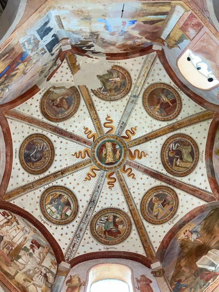 Ben_Schwarz-Oben_Chiesa-dei-Santi-Gervaso-e-Protaso-a-Graglio_3738